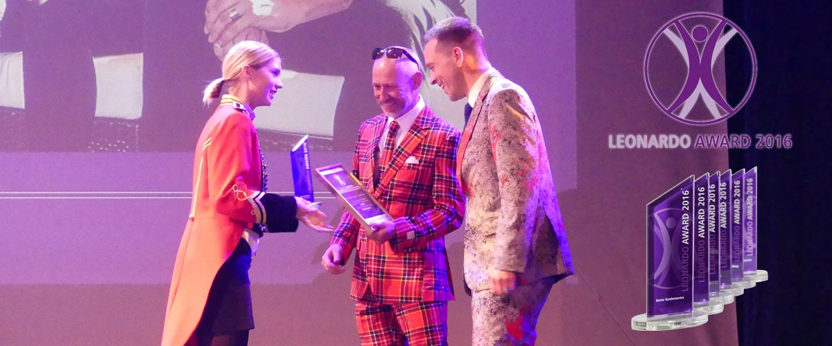 Preisübergabe beim Leaonardo Award 2016 an Stefan Schad und Andreas Lorenz